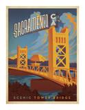 Sacramento  California: Scenic Tower Bridge