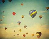 Dusk Balloons Papier Photo par Irene Suchocki