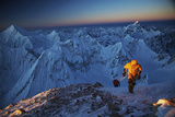 Mountaineers On 26,360-foot Gasherbrum II At Sunset Papier Photo par Cory Richards