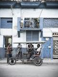 Street Scene in Centro Habana  Havana  Cuba