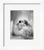 Vogue - June 1935 - Violent Love