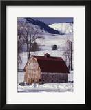Barn in Winter  Methow Valley  Washington  USA