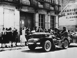 American Troops of the XV Army Corps Commanded by General Haislip Liberate the French Town of…