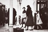 Princess Elizabeth and Princess Margaret Rose Returning to London  January 1936