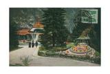 Interlaken  Kursaal Und Blumenuhr Postcard Sent on 16 August 1913