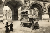 Bus at the Louvre  Paris  1905