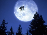 ET 1982 Directed by Steven Spielberg