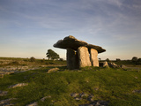 The 6 000 Year Old Poulnabrone Dolmen  the Burren  County Clare  Ireland