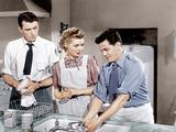 GENTLEMAN'S AGREEMENT  from left: Gregory Peck  Dorothy McGuire  John Garfield  1947