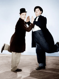 WAY OUT WEST  from left: Stan Laurel  Oliver Hardy  1937