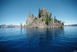 Volcanic Rock Formation  Crater Lake  USA