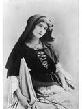 Catherine Mastio (B1877) in 'Manon'