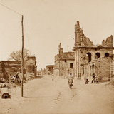 The Cawnpore Road  Lucknow