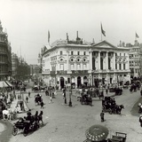 London Pavilion  Piccadilly Circus  London  C 1900