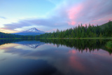 Days End at Trillium Lake  Mount Hood