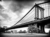 Manhattan Bridge of Brooklyn Park  Black and White Photography  Manhattan  New York  United States