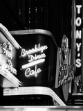 American Brooklyn Diner Cafe at Times Square by Night, Manhattan, NYC, USA Papier Photo par Philippe Hugonnard