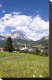 View of Cortina d' Ampezzo  Dolomites  Veneto  Italy