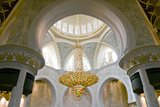 Large Chandelier in Sheikh Zayed Grand Mosque  Abu Dhabi  UAE