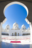 Interior of Sheikh Zayed Grand Mosque  Abu Dhabi  UAE