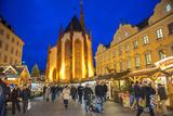 Christmas Market at Twilight  Marienkapelle  Wurzburg  Germany
