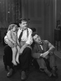 Oliver Hardy  Stan Laurel  Jacquie Lyn  Pack Up Your Troubles  1932