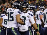 NFL Super Bowl 2014: Feb 2  2014 - Broncos vs Seahawks - Russell Wilson  Jermaine Kearse