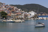 Boat Entering Harbour  Skopelos  Sporades  Greek Islands  Greece  Europe