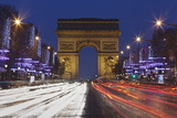 Champs Elysees and Arc De Triomphe at Christmas  Paris  Ile De France  France  Europe