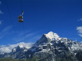 Cable Car and Mt Wetterhorn  Grindelwald  Bernese Oberland  Switzerland