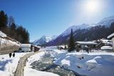 Winter Walking Trail  Klosters  Graubunden  Swiss Alps  Switzerland  Europe