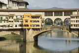 Ponte Vecchio  Famous Bridge over the Arno River  Florence (Firenze)  Tuscany  Italy  Europe