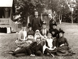 1890s Large Formal Family Group Photo Outside