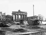 Brandenburg Gate  Berlin 1945