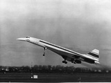 Taking Off for the First Time at 330 PM Is Concorde 001