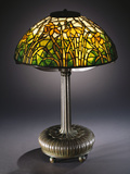 Tiffany Studios 'Daffodil' Leaded Glass and Bronze Table Lamp