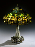 Tiffany Studios 'Drophead Dragonfly' Leaded Glass and Bronze Table Lamp