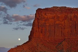 Moonrise in Monument Valley