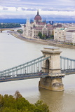 Chain Bridge across the Danube  Budapest  Hungary  Europe