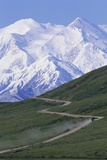 Road in Thorofare Pass Below Mt Mckinley