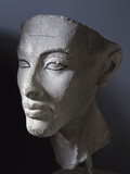 Ancient Egyptian Head of Queen Nefertiti