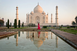 Reflection of a Mausoleum in Water, Taj Mahal, Agra, Uttar Pradesh, India Reproduction d'art par Green Light Collection