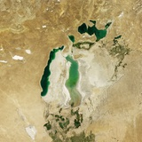 Satellite View of the Aral Sea in 2010  with the 1960 Shoreline Super-Imposed