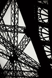 Eiffel Tower Latticework II Reproduction d'art par Erin Berzel