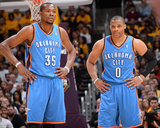 Mar 9  2014  Oklahoma City Thunder vs Los Angeles Lakers - Kevin Durant  Russell Westbrook