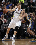 Nov 22  2013  Utah Jazz vs Dallas Mavericks - Richard Jefferson  Dirk Nowitzki