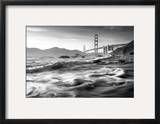 California  San Francisco  Golden Gate Bridge from Marshall Beach  USA