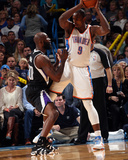 Mar 28  2014  Sacremento Kings vs Oklahoma City Thunder - Serge Ibaka  Reggie Evans