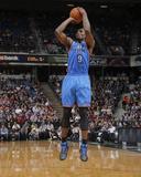 Apr 8  2014  Oklahoma City Thunder vs Sacramento Kings - Serge Ibaka