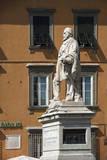 Statue of Garibaldi  Lucca  Tuscany  Italy  Europe